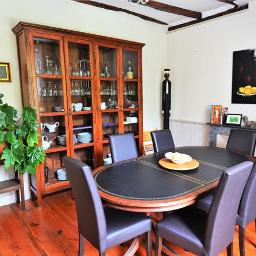 Eetkamer op Le Manoir voor gasten in gastenkamers