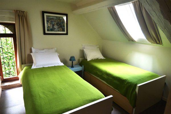 kamer met enkele bedden gite Tannat Le Manoir Souillac