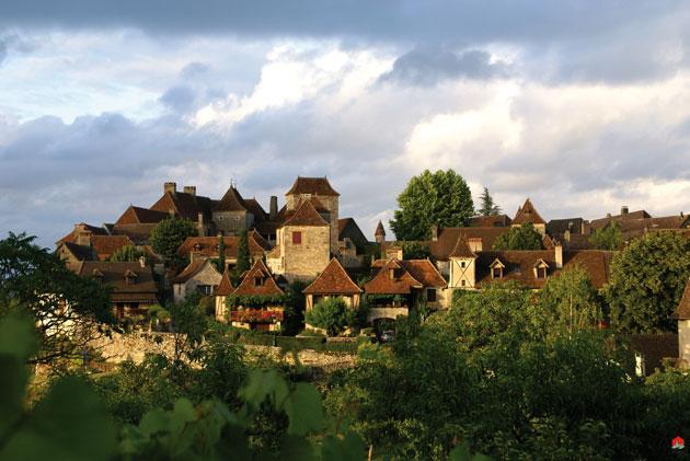 Loubressac in de vallei van de Dordogne
