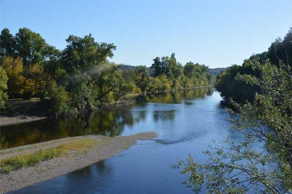 Dordogne river souillac
