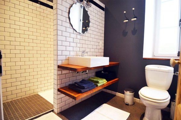 salle de bain de la chambre d'hote Braucol Le Manoir Souillac