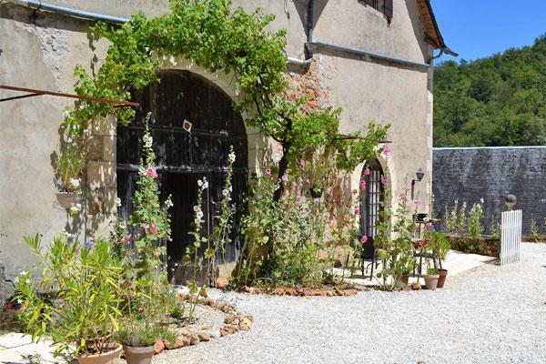 terrasses aux gîtes pour 2 personnes du Manoir à Souillac