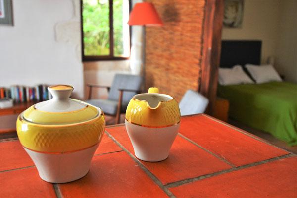 Vaisselle de la chambre / gîte Colombard Le Manoir Souillac