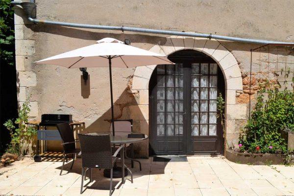 Private Terrasse des Ferienhauses Colombard Le Manoir Souillac