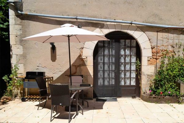 Private Terrasse des Gästezimmers Colombard Le Manoir Souillac